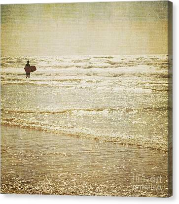 Surf The Sea And Sparkle Canvas Print by Lyn Randle