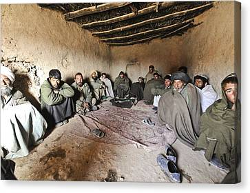 Suspected Taliban Detainees Held Canvas Print by Everett