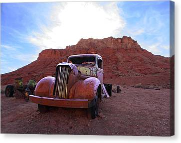 Canvas Print featuring the photograph Sweet Ride by Susan Rovira