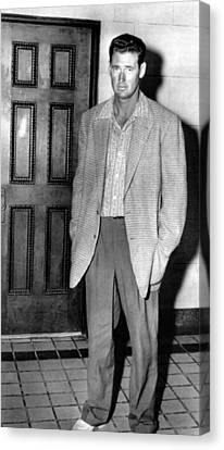 Ted Williams Outside A Miami Court Room Canvas Print by Everett