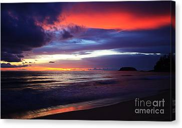 Tempest Monsoon. Canvas Print by Pete Reynolds