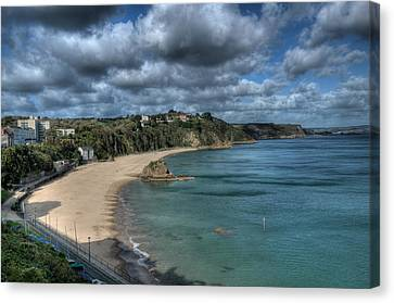 Canvas Print featuring the photograph Tenby North Beach Pembrokeshire  by Steve Purnell