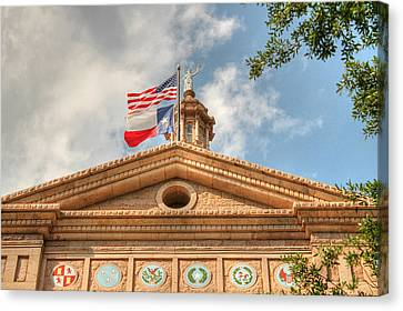 Texas State Capitol Building In Hdr Canvas Print by Sarah Broadmeadow-Thomas