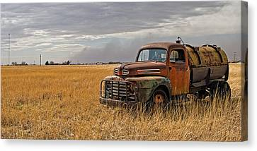 Texas Truck Ws Canvas Print by Peter Tellone