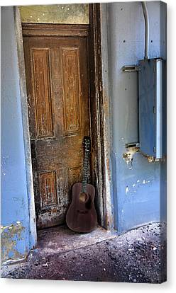 That Old Guitar Canvas Print by Bill Cannon