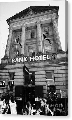The Bank Hotel Former British Linen Bank On High Street Royal Mile Edinburgh Scotland Uk United King Canvas Print by Joe Fox