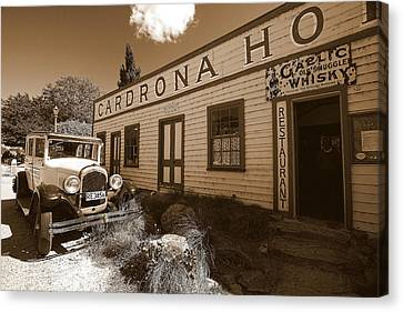 Canvas Print featuring the photograph The Cardrona Hotel by Paul Svensen