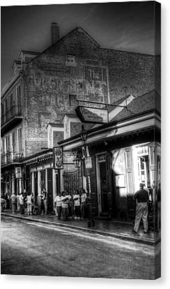 The Court Of Two Sisters Court Tavern Canvas Print by Greg and Chrystal Mimbs