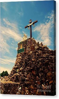 The Cross II In The Grotto In Iowa Canvas Print