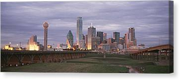 The Dallas Skyline At Dusk Canvas Print by Richard Nowitz