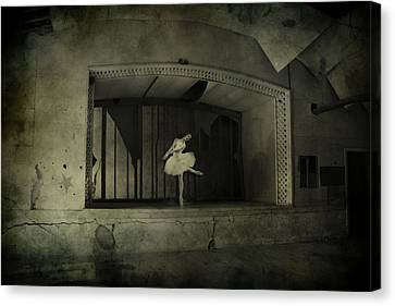 The Last Song  Canvas Print by Jerry Cordeiro