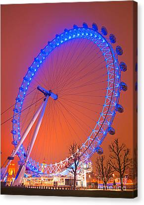 Canvas Print featuring the photograph The London Eye by Luciano Mortula