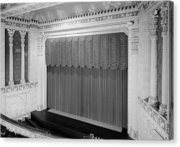 The Missouri Theater Building, View Canvas Print by Everett
