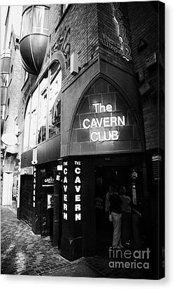 The New Cavern Club In Mathew Street In Liverpool City Centre Birthplace Of The Beatles Canvas Print by Joe Fox