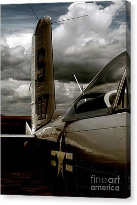 The Old Navy T-34b Canvas Print