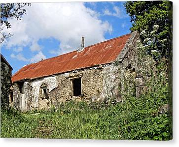 The Old Shed Canvas Print by Julie Williams