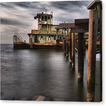 The Old Tugboat Canvas Print