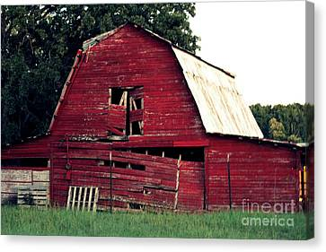 Canvas Print featuring the photograph The Ole Red Barn by Kathy  White