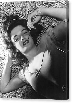 The Outlaw, Jane Russell, 1943, Photo Canvas Print