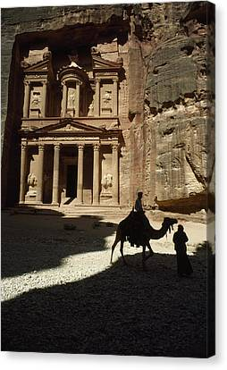 The Pharaohs Treasury Or Khazneh Canvas Print by James L. Stanfield