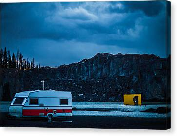 Canvas Print featuring the photograph The Pit by Matti Ollikainen