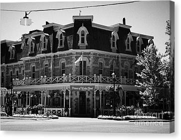 The Prince Of Wales Hotel Niagara-on-the-lake Ontario Canada Canvas Print