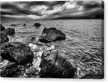 The Sound Of The Waves Canvas Print by John Farnan