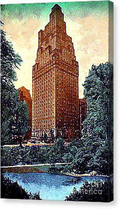 The St. Moritz Hotel In New York City In The 1930's Canvas Print