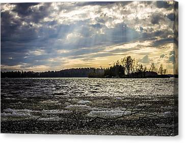 Canvas Print featuring the photograph The Turbo Melter by Matti Ollikainen