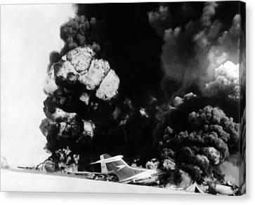 Three Hijacked Airliners Were Blown Canvas Print by Everett