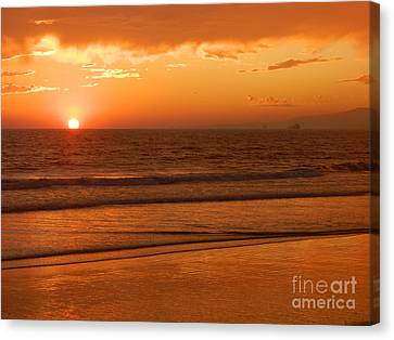 Canvas Print featuring the photograph Time To Say Goodbye by Everette McMahan jr