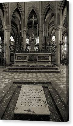 Tomb Of William The Conqueror Canvas Print by RicardMN Photography