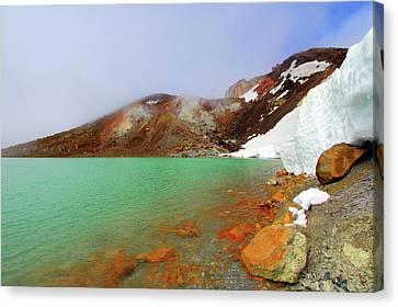 Tongariro Track Emerald Lakes New Zealand Canvas Print by Timphillipsphotos