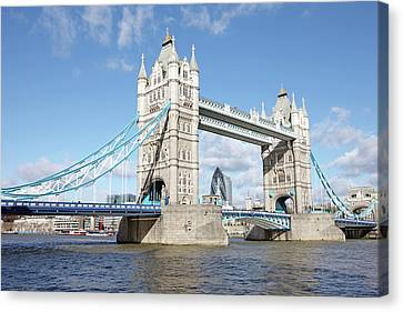 Tower Bridge Canvas Print by Richard Newstead