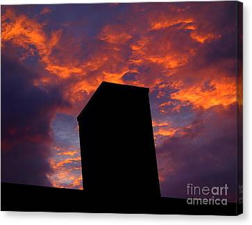Towering Inferno  Canvas Print by Tammy Cantrell