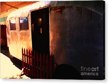Trailer Park - Painterly - 5d16585 Canvas Print by Wingsdomain Art and Photography