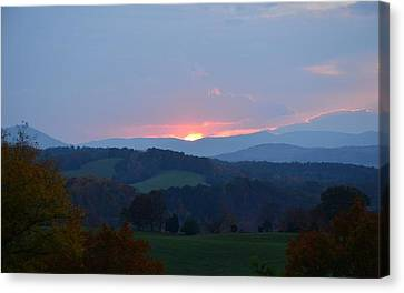 Tranquill Sunset Canvas Print by Cathy Shiflett