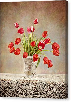 Canvas Print featuring the photograph Tulip Bouquet by Cheryl Davis