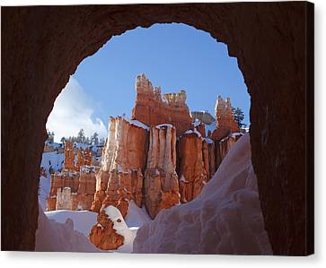 Canvas Print featuring the photograph Tunnel In The Rock by Susan Rovira