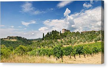 Tuscany Villa In Umbria Italy  Canvas Print by Ulrich Schade