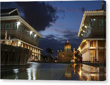 Canvas Print featuring the pyrography Twilight In Brunei  by Gary Bridger