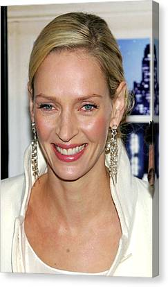 Uma Thurman At Arrivals For The Canvas Print by Everett