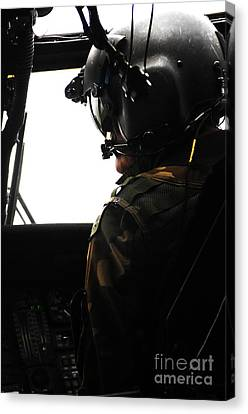 U.s. Army Officer Speaks To A Pilot Canvas Print by Stocktrek Images