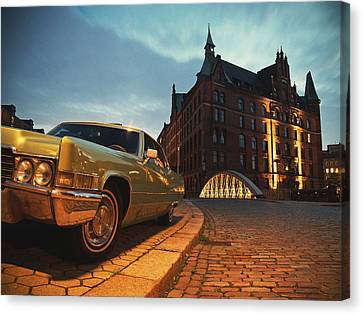 Us Car II Canvas Print by Nina Papiorek