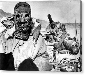 U.s. Marines In Korea During The Korean Canvas Print by Everett