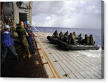 U.s. Sailors And Marines Recover Canvas Print