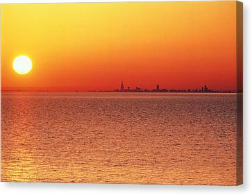 Usa,chicago,lake Michigan,orange Sunset,city Skyline In Distance Canvas Print by Frank Cezus