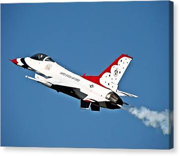 Canvas Print featuring the photograph Usaf Thunderbird F-16 by Nick Kloepping
