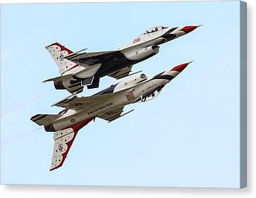 Usaf Thunderbirds Display Pair Canvas Print