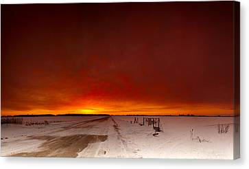 Vast Sunset Canvas Print by Cale Best